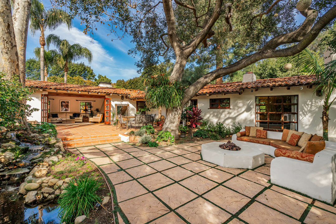 LA Times: Hot Property, Cliff May in Brentwood