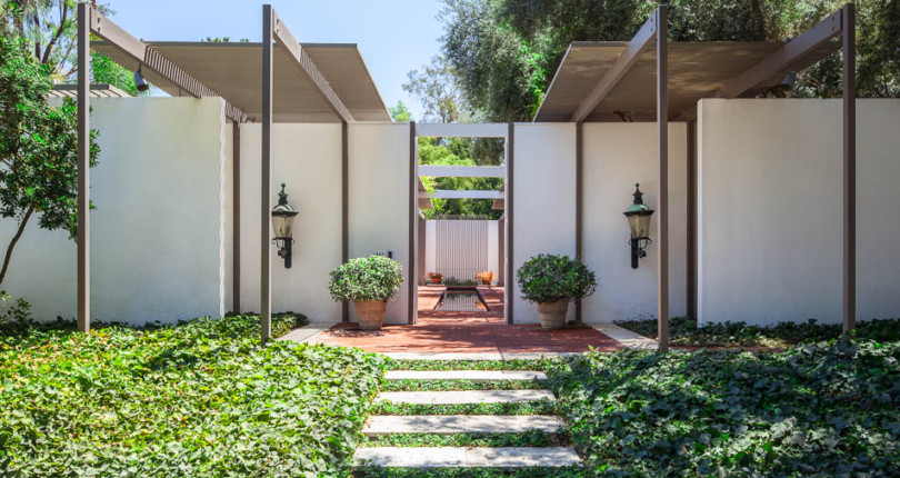 Take a rare look inside architect Edward Killingsworth's Long Beach home