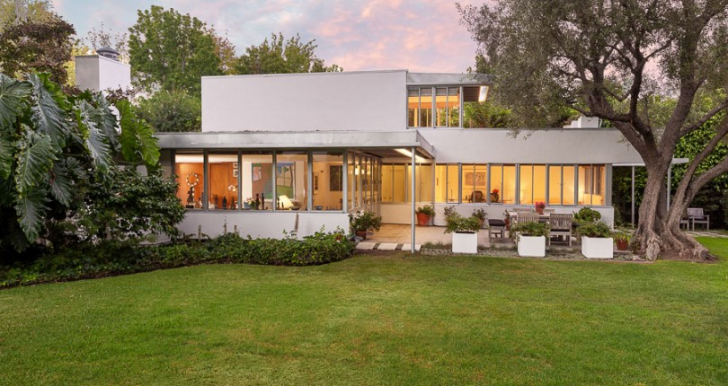 Two Historic Richard Neutra Homes Hit the Los Angeles Market